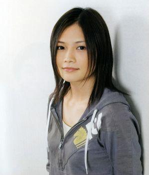 yui-200903270111052.jpg